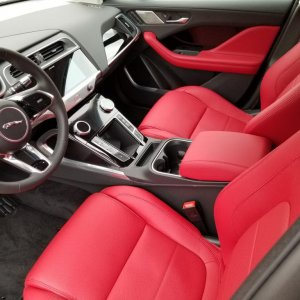 Mars Red Windsor Leather Seats/Ebony
